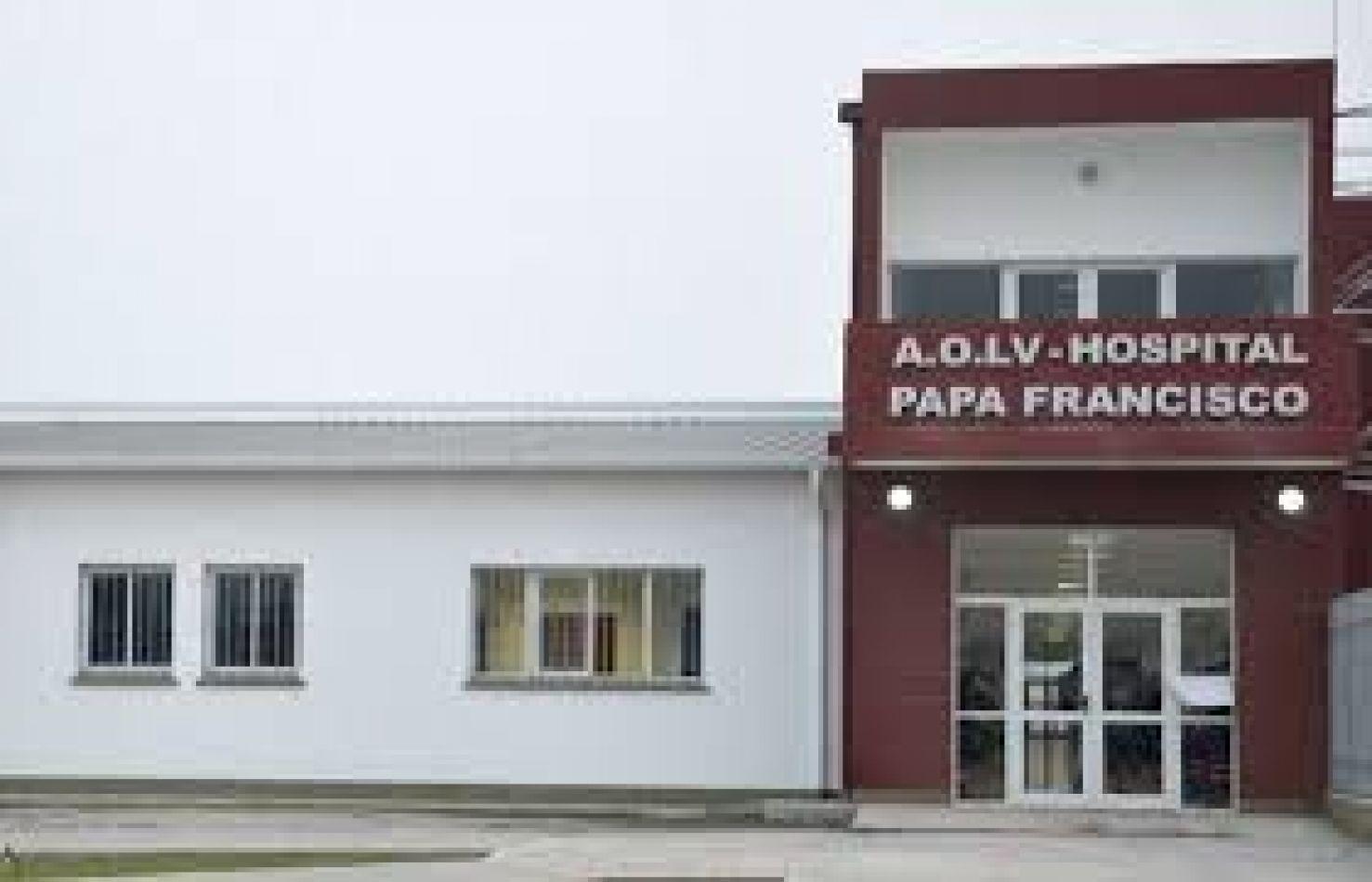 La mujer fue internada en el Hospital Papa Francisco