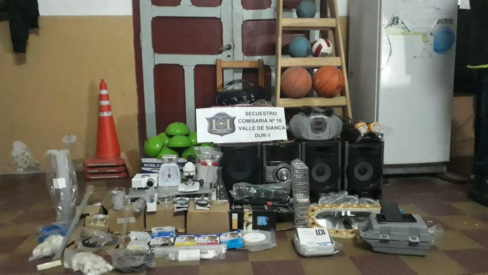 La policía recuperó los elementos robados