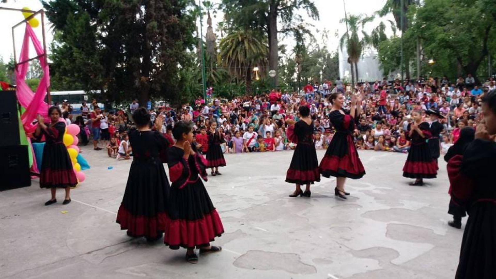 Domingo con actividades culturales en Parque San Martín